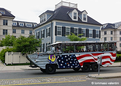 "Boston, ""Old Glory"" Bus"